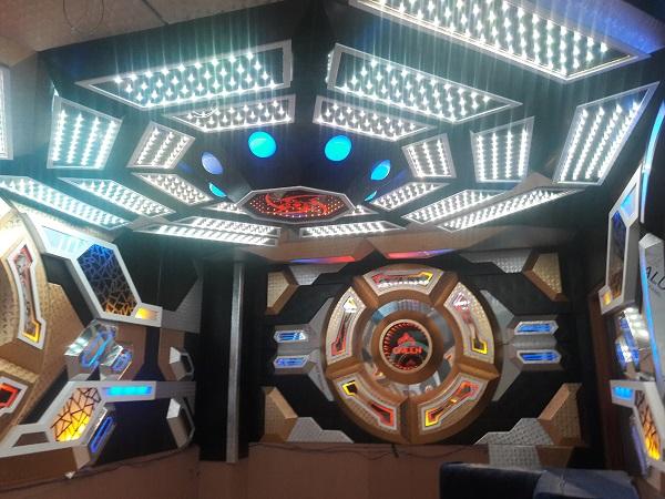 mau-phong-hat-karaoke-vip-dep-59