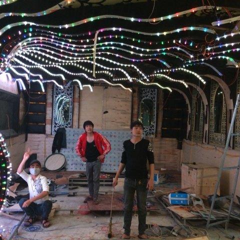 thi-cong-phong-karaoke-dep-1