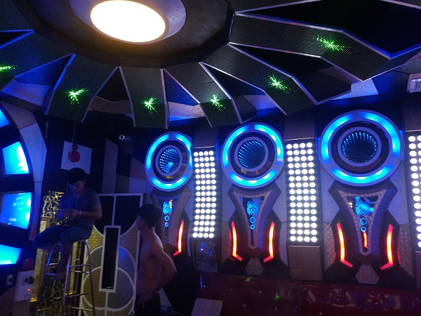 thiet-ke-karaoke-dep-re-491