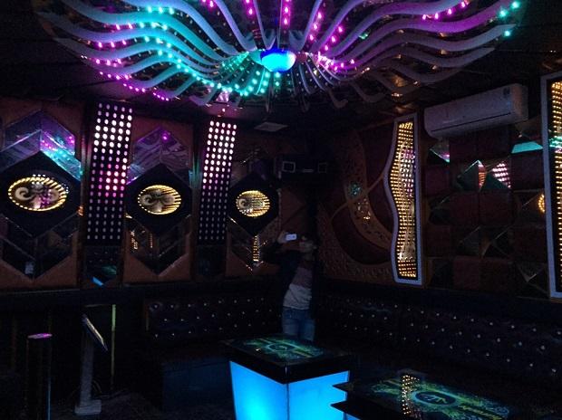 thiet-ke-thi-cong-noi-that-karaoke-dep-52