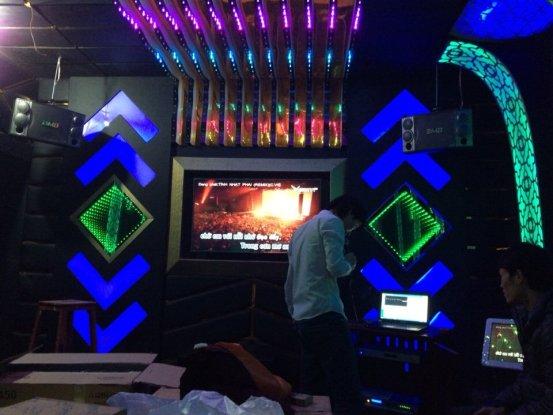 thiet-ke-thi-cong-phong-hat-karaoke-acb-9
